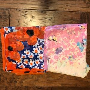 Accessories - Pair of chiffon scarves.